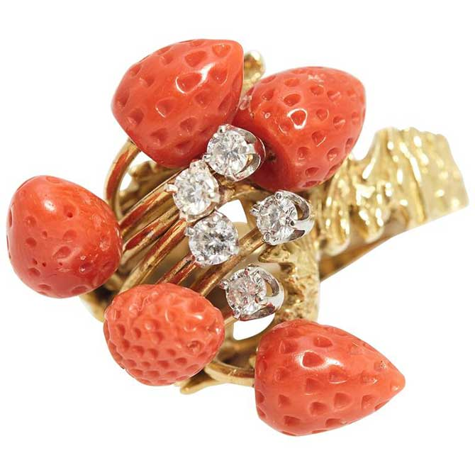 Eleuteri Strawberry coral ring