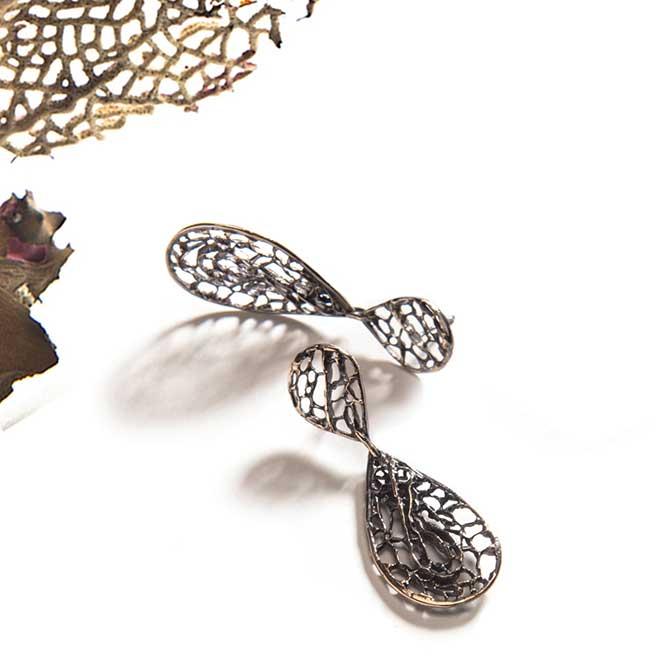 Merzatta seafan earrings