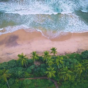 Sri Lanka beach photo by Raj Eiamworakul for Unsplash