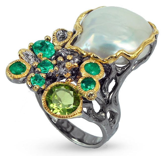goldlip silver ring with pearl peridot and emeralds