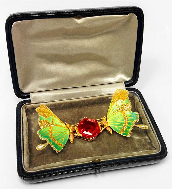 macklowe art nouveau brooch