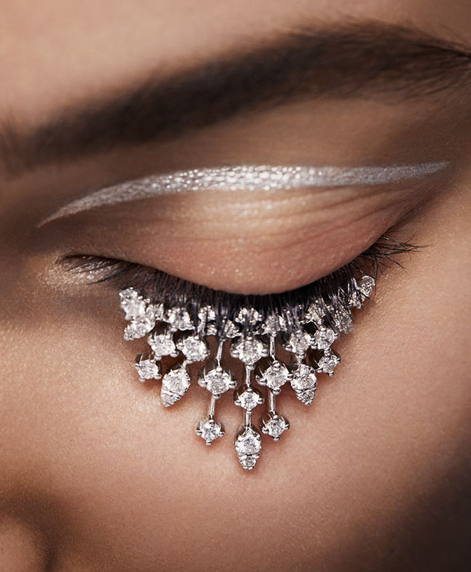 model with diamond eyelashes