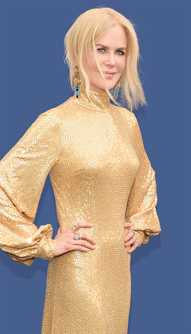 nicole kidman gold sequin dress