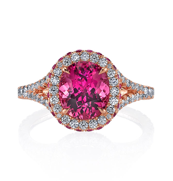 Omi Prive with oval pink spinel