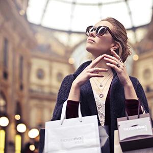 Shopping Pexels photo
