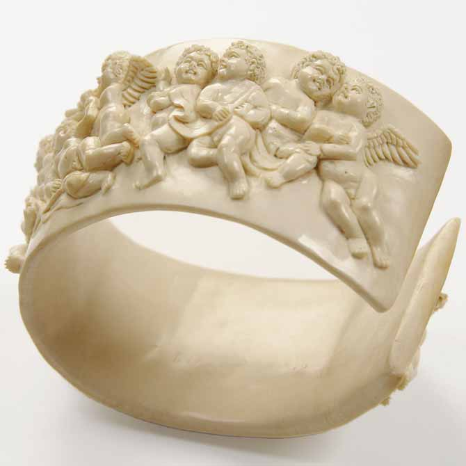 Design and Style carved mammoth tusk Engels bangle