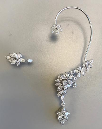 Earrings Emmy Awards 2018 Cara Buono Yvan Tufenkjian
