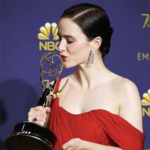 Rachel Brosnahan Tiffany earrings Emmys