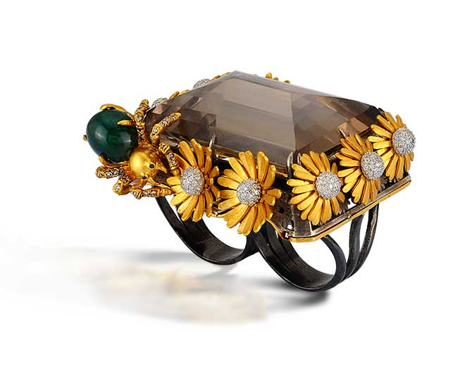 Aida Bergsen spider ring
