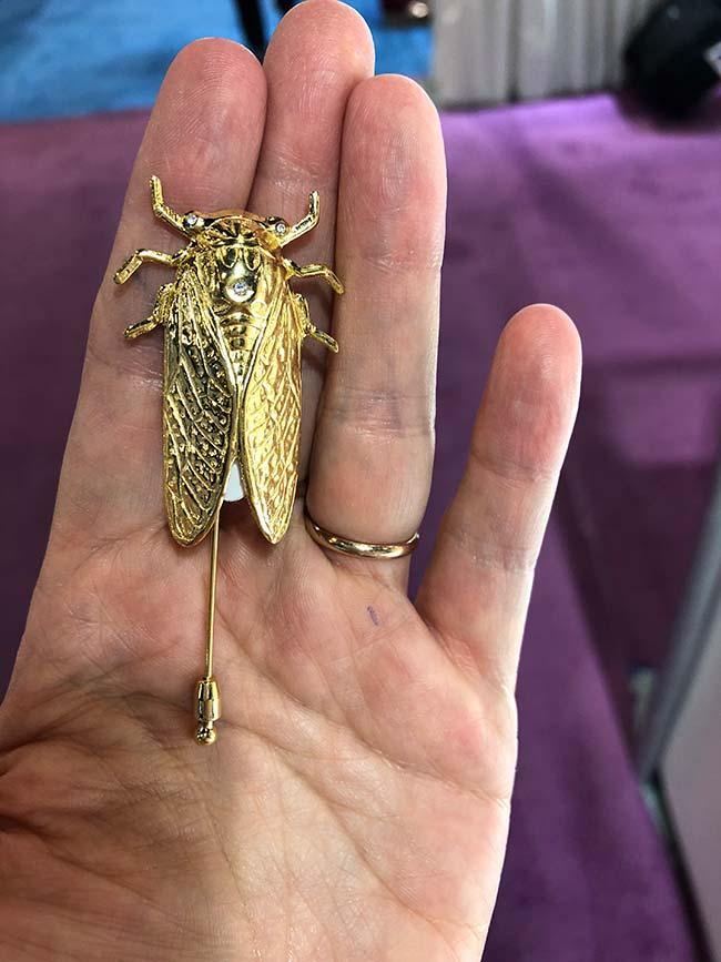 Bounkit bug pin