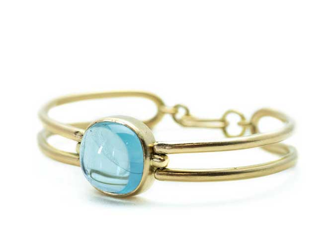 Leigh Maxwell aquamarine cabochon gold bangle