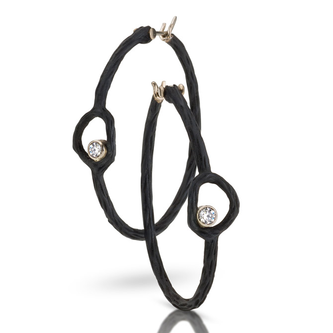 Sarah Graham Pebble circle hoop earrings