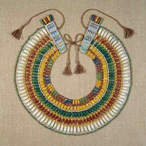 Met Museum jewelry exhibition broad collar