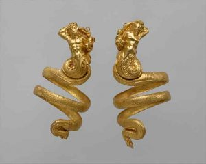 Met jewelry exhibition gold arm bands