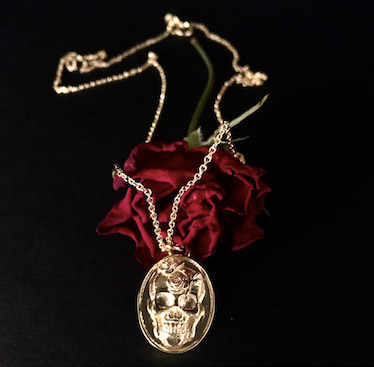 Talon Skull necklace