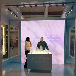 Lightbox store