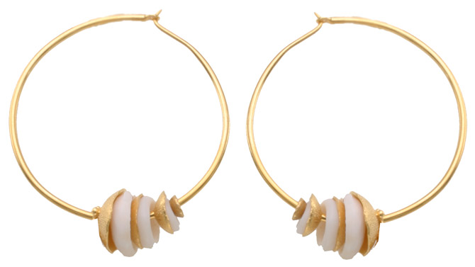Vanessa Montiel Golden Puka hoop earrings