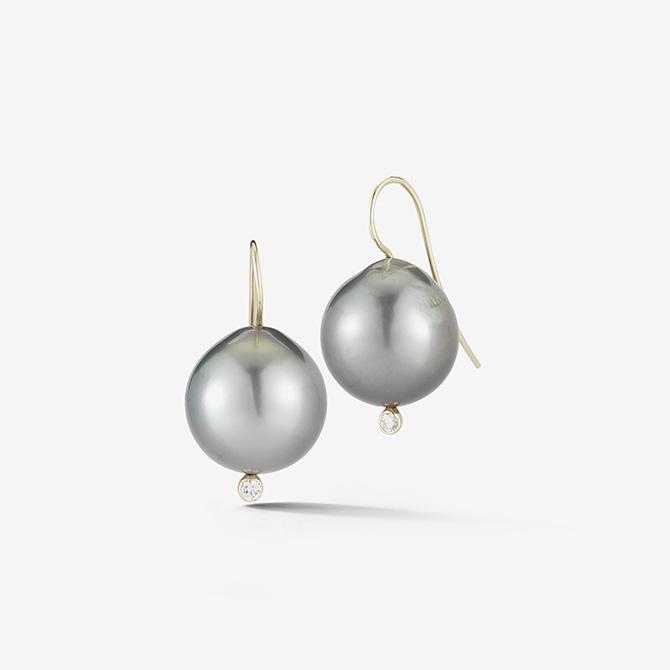Mizuki pearl earrings