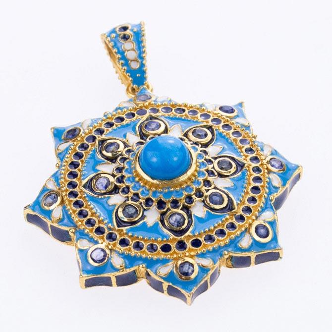 Hatai Jewelry Octagram pendant