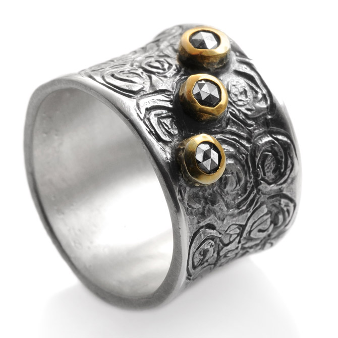 Eva Stone Circles ring