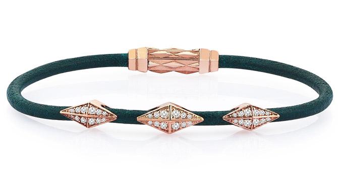 Thuja Jewels DIamondback Snake bracelet