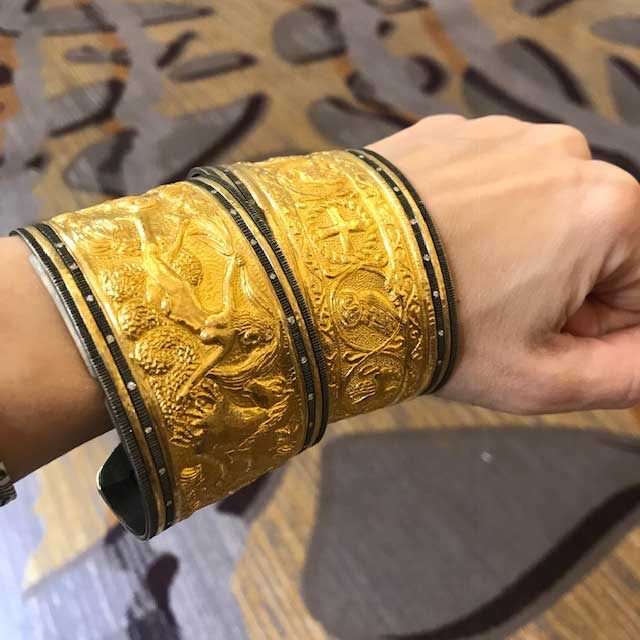 Cetinol 24k cuffs