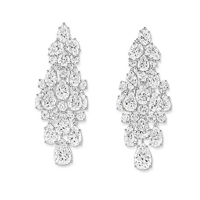 Jennifer Hudson Oscars diamond earrings