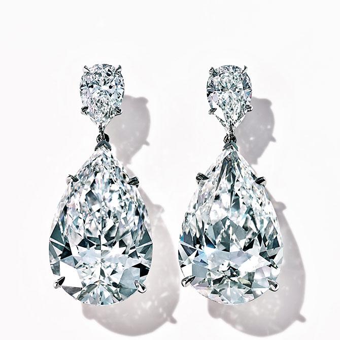 Zoe Kravitz Tiffany drop diamond earrings