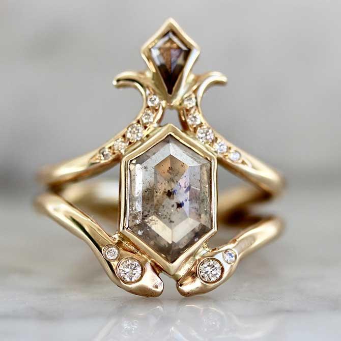 Army Of Rokosz diamond ring