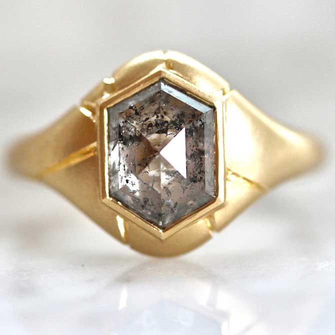 Honey Jewelry Co diamond ring