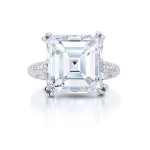 Wempe Asscher cut diamond ring with pave band