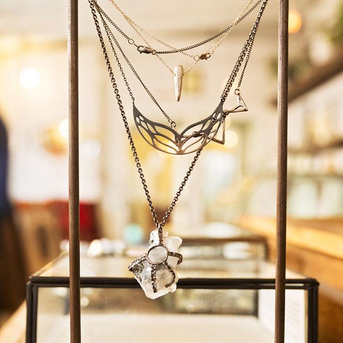 esqueleto jewelry
