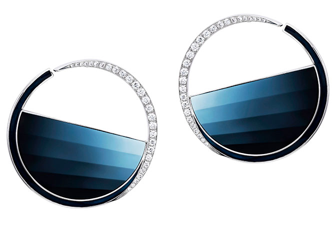 stephen webster vertigo cameo hoops