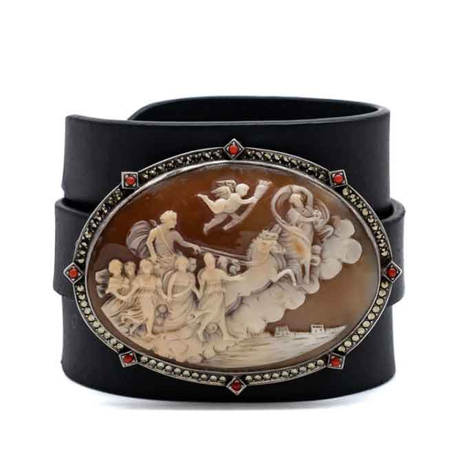 Anna Porcu cuff with antique shell cameo in leather