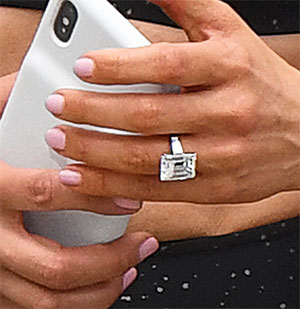 JLo ring close up