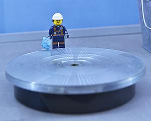 Omi Prive Lego gem cutter
