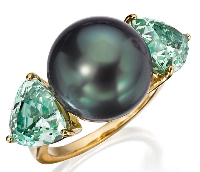 assael tahitian and green garnet ring