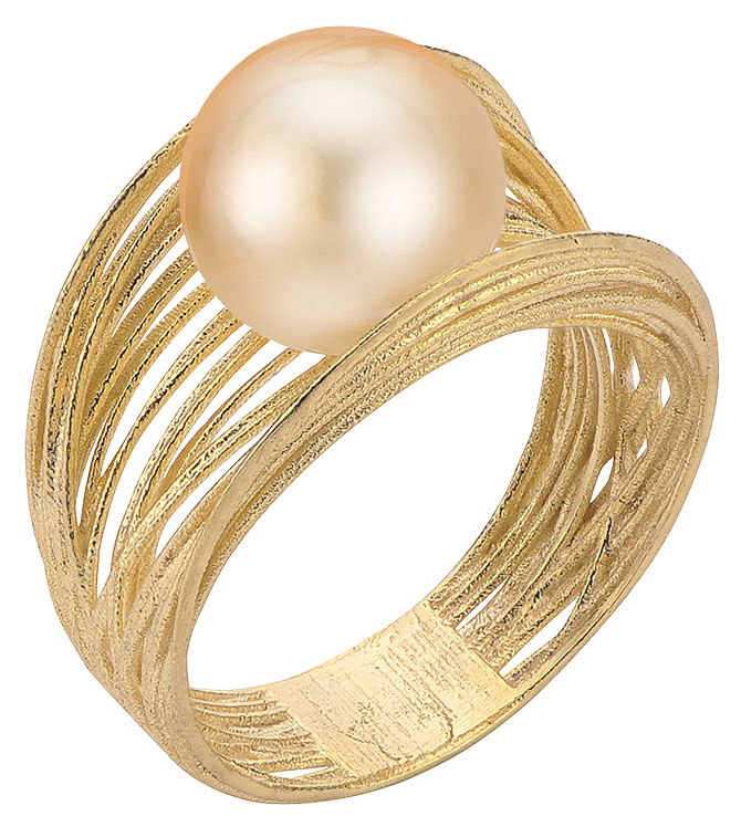 imperial pearl golden south sea ring