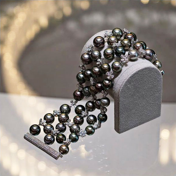 mikimoto black south sea bracelet