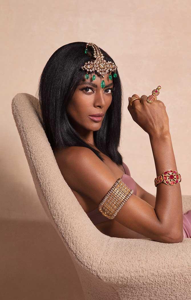 Maya Samuelsson in Christies jewels
