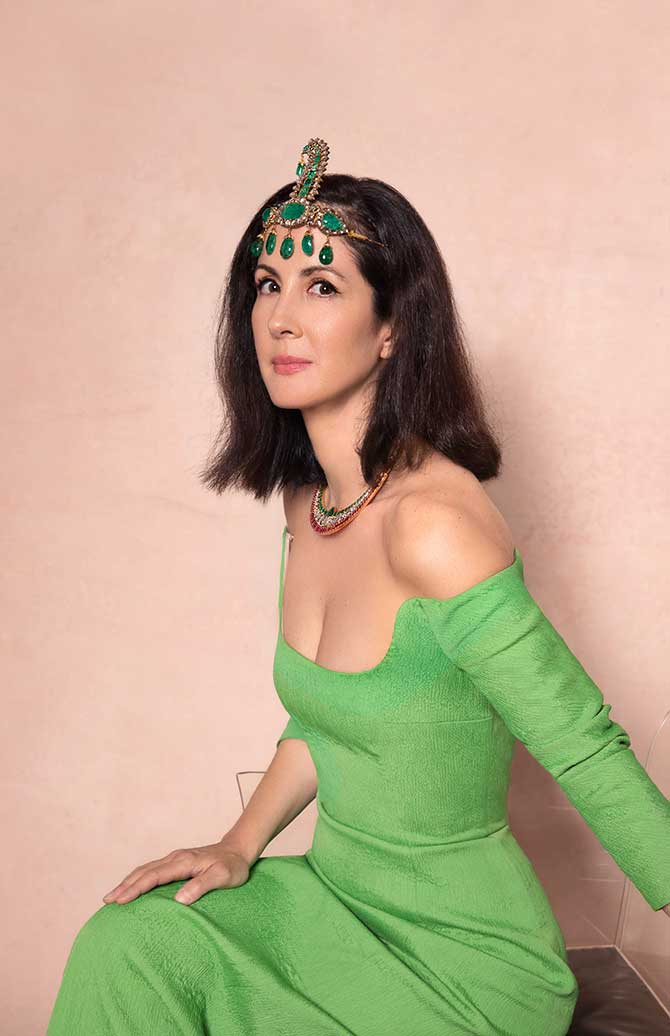 Patricia Herrera Lansing in Christies jewelry