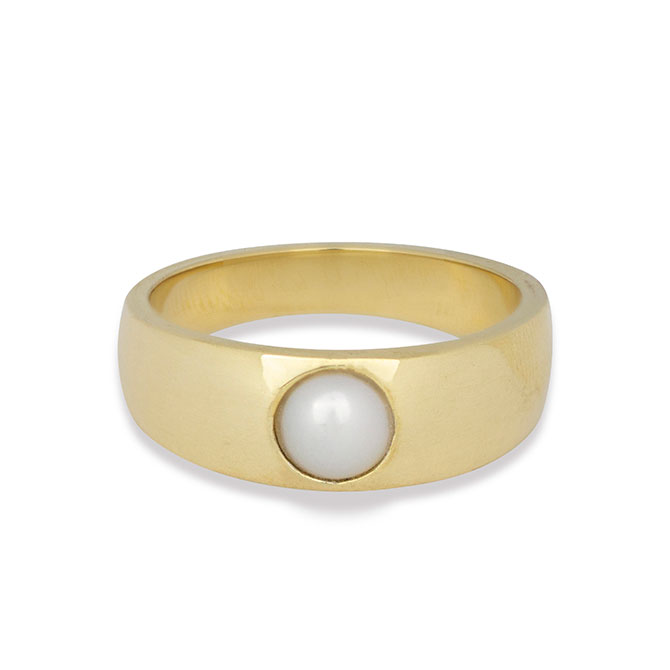Maya Brenner Sarah Hendler pearl ring