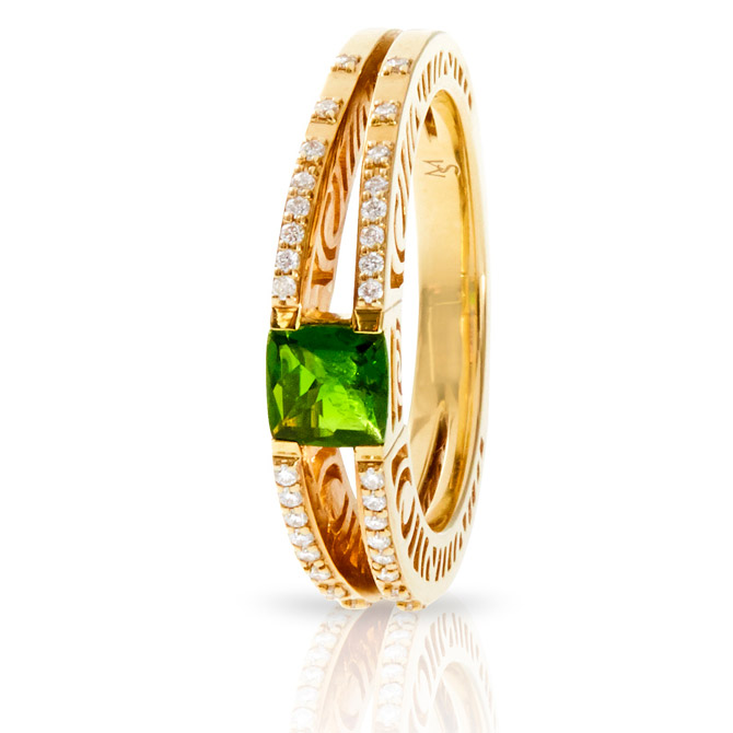 Martha Seely chrome diopside ring