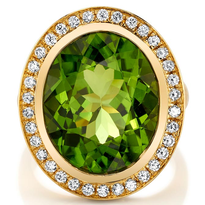 Omi Prive peridot ring