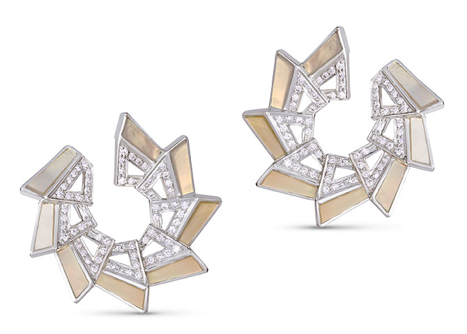 Ananya tala c clip earrings