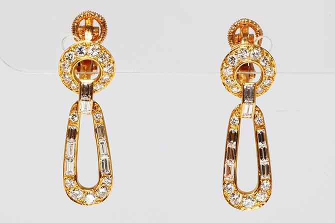 Cartier door knocker earrings