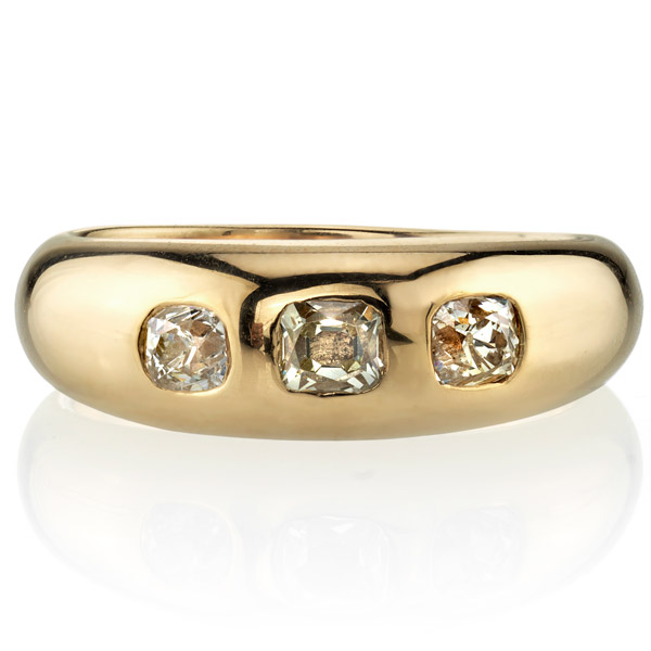 Single Stone Ruth diamond ring