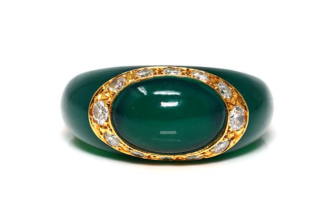 Van Cleef Arpels chrysoprase ring