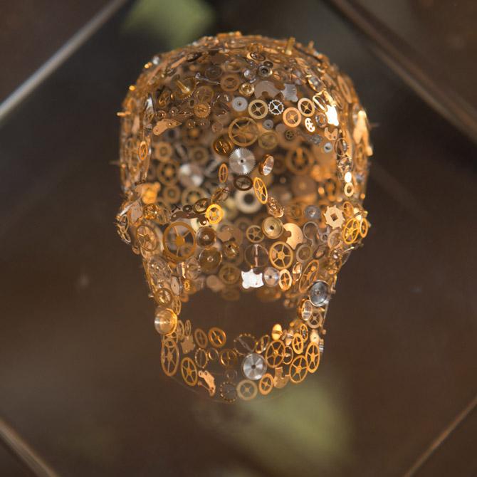 Berd Vaye Hallucination sculpture