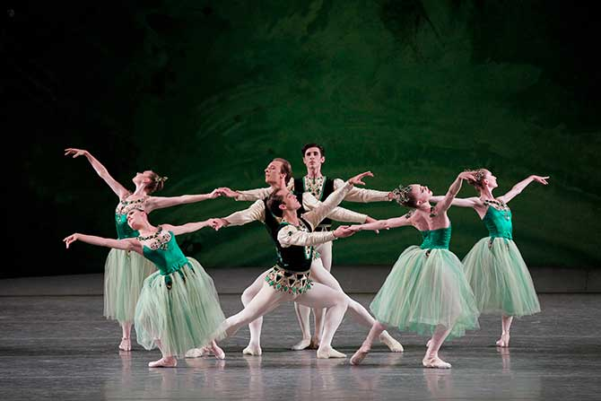 Jewels ballet Emerald tableau
